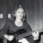 Carole Kaye & Fender Precision Bass en studio