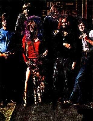 Le Full Tilt Boogie Band, Brad Campbell est juste derrière Janis Joplin