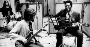 Klaus Voormann en studio avec BB King (1971)