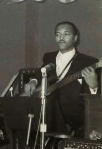James Jamerson en concert (avec Marvin Gaye ?)
